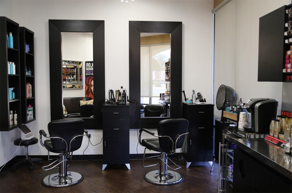 Brilliant Phenix Salon Suites Of Mt Pleasant South Carolina Phenix Interior Design Ideas Grebswwsoteloinfo
